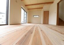 無垢材の床 10年が過ぎました